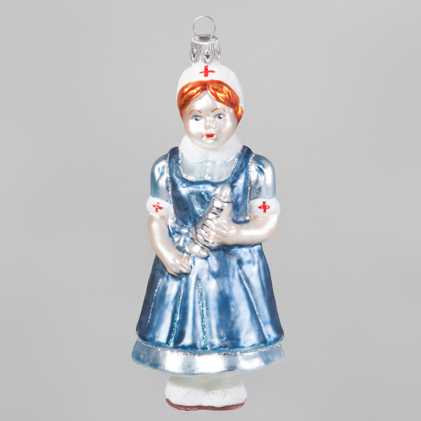 "Christbaumkugel, Krankenschwester ""Hildegard"", 4,5 x 13 cm"